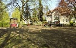 Dzieci z przedszkola nr 39 będą miały do dyspozycji drugi plac zabaw, od strony Parku Oliwskiego.