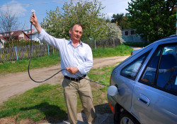 Zbigniew Kopeć ponad szesnaście lat buduje elektryczne samochody.