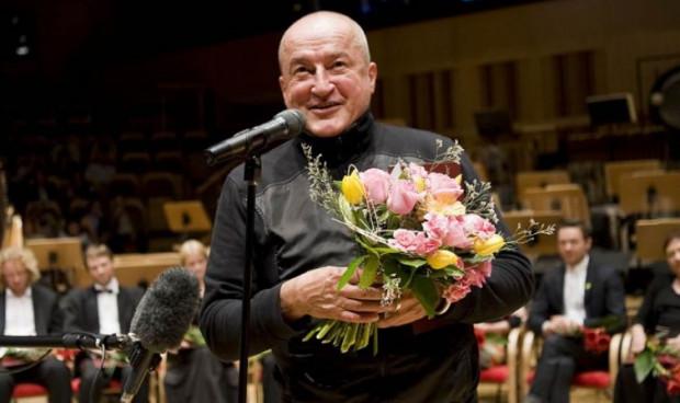 """Nagrodę za całokształt twórczości przyznano choreografowi Wojciechowi Misiuro, który w ostatnich latach przygotował w Operze Bałtyckiej jednoaktówki """"Tamashii"""" i """"Sen""""."""