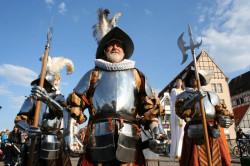 W obchody Nocy Muzeów w tym roku włączy się m.in. Straż Miejska w Gdańsku. Na Trakcie Królewskim będzie można spotkać halabardników, troszczących się o bezpieczeństwo obywateli.