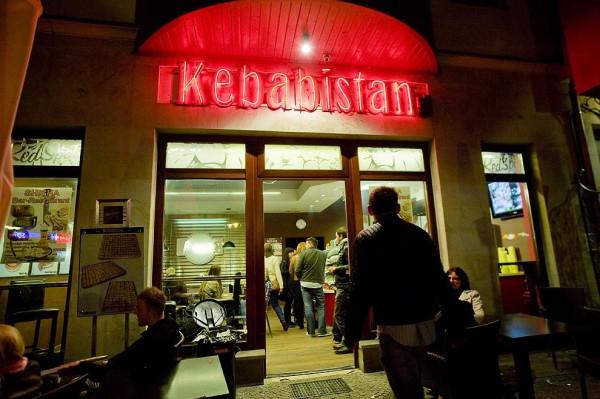 W sopockim Kebabistanie ruch jest przez całą dobę.