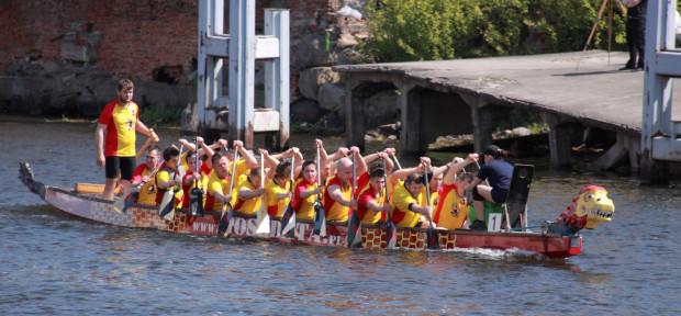 Podczas imprezy nie zabraknie tradycyjnego wyścigu smoczych łodzi.