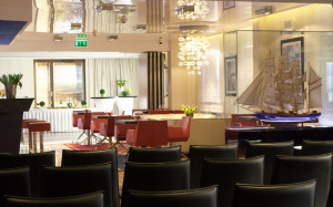 Przed meczami grupowymi Hiszpanie będą zakwaterowani w Hotelu Gdańsk, gdzie będą mieli do dyspozycji m.in: ekskluzywny Med Spa oraz nowoczesne centrum konferencyjne.