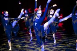 """Pełne pasji, zmysłowe tamgo """"Vuelvo Al Sur"""" jest ukłonem w stronę baletu Teatru Muzycznego, który tym razem może zaprezentować pełnię swoich możliwości."""