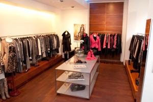 Kolekcje Marc Cain cechuje nowoczesne wzornictwo i innowacyjne zestawienia garderoby.