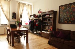 Living Room w Sopocie.Wszystkie ubrania w butiku sprowadzane są ze Stanów Zjednoczonych.