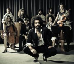 Yemen Blues nazywane jest objawieniem izraelskiej sceny, ale ich energetyczne połączenie jemeńskich melodii z bluesem i funkiem porwie nawet laików.