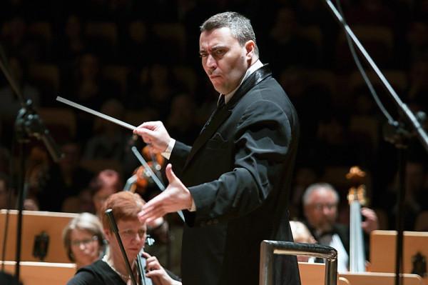 Maxim Vengerov wybitny skrzypek, który zainauguruje festiwal SofA, jest także świetnym dyrygentem.