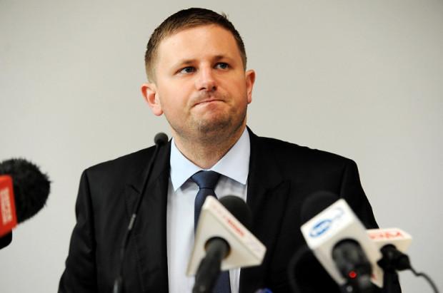 Na poniedziałkowej konferencji prezes Marcin Plichta zapewniał, że Amber Gold wypłaci pieniądze klientom.