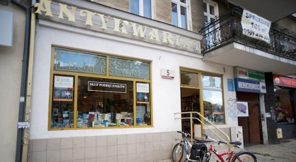 Gdański Dom Książki założony w 1989 roku to jeden z najstarszych antykwariatów w Trójmieście.