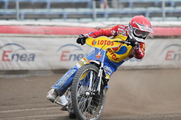 Thomas Jonasson w Bydgoszczy zdołał ukończyć tylko jeden bieg. Szwed zawody zakończył w szpitalu, a jego strata przesądziła o wysokiej porażce Lotosu Wybrzeża.