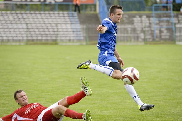 Mateusz Toporkiewicz dwoma golami zapewnił wygraną Bałtyku w pierwszym z sześciu derbowych pojedynkach, które odbędą się w Trójmieście w rundzie jesiennej III ligi.