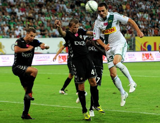 Sebastian Madera jest jedynym defensorem Lechii, który na początku sezonu gra od pierwszej do ostatniej minuty.