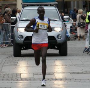 Joel Komen pięć lat czekał na swój trzeci triumf w najstarszym ulicznym biegu w Polsce.