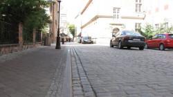 Kierowcy i mieszkańcy, by wjechać na wyremontowaną w 2009 r. ul. Pocztową w centrum Gdańska, musieli czekać nieco ponad dwa tygodnie.