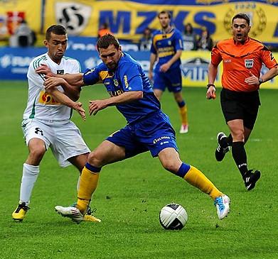 Tadas Labukas od roku nie gra już w Gdyni, ale zarobione przez niego pieniądze podczas pobytu na kadrze Litwy wpłyną na konto Arki.