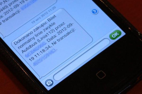 Potwierdzenie nabycia biletu otrzymane przez pasażera po wykonaniu połączenia z numerem wskazanym przez kontrolera.