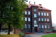 Ul. Wałowa 21. Budynek użytkowany przez gdańską Polonię.
