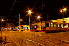 Zajezdnia Wrzeszcza zlokalizowana jest w dzielnicy Strzyża. Wrzeszcz to kontynuacja jeszcze przedwojennego nazewnictwa dla tego obiektu.