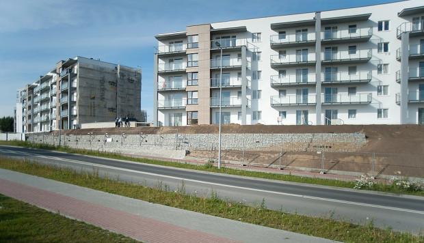 W tym roku może okazać się, że trzy z siedmiu budynków osiedla Alfa Park trzeba będzie obniżyć o jedno piętro.