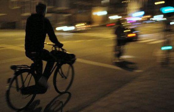 Od poniedziałku, 8 października, za jazdę nieoświetlonym rowerem, będzie można otrzymać mandat.