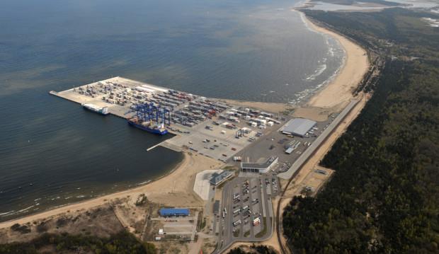 Deepwater Container Terminal, czyli Głębokowodny Terminal Kontenerowy, działa w Gdańsku już od 5 lat.