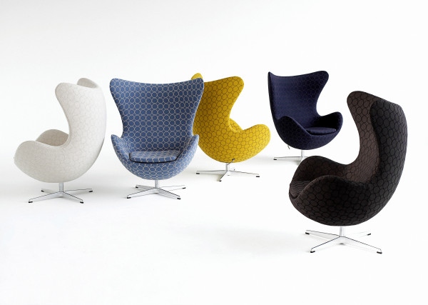 Dużą popularnością cieszy się fotel Egg, zaprojektowany przez Arne Jacobsena.