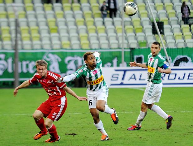 W poprzednim sezonie Lechia przegrała oba mecze z Podbeskidziem, ale teraz zagra w Bielsku-Białej jako najlepsza drużyna ekstraklasy w spotkań wyjazdowych i powinno być lepiej.