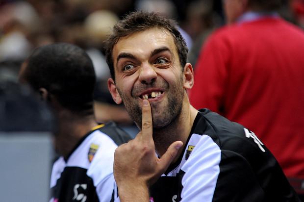 Marcin Stefański zwycięstwo okupił stratą zęba podczas meczu.