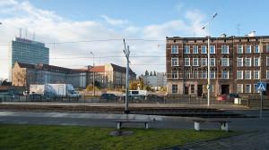 Plac pod budowę biurowca Tryton jest od dawna ogrodzony.