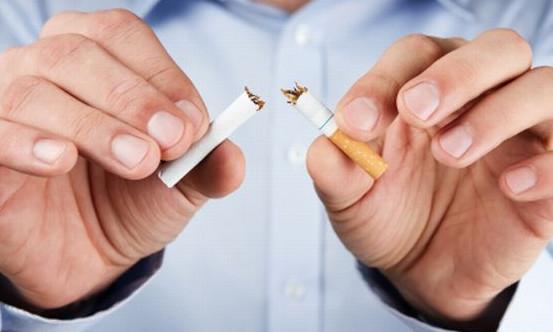 Według statystyk CBOS papierosy pali prawie jedna trzecia dorosłych Polaków, a 90% palaczy zdaje sobie sprawę z zagrożenia, jakie niesie za sobą nałóg