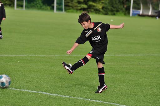 Czy wzorce Feyenoord Academy zaprocentują również w szkoleniu gdańskiego narybku piłkarskiego?