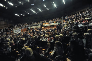 """Moscow City Ballet wystawiał """"Jezioro łabędzie""""  wielokrotnie, a mimo to każdy kolejny spektakl cieszy się ogromną popularnością i uznaniem publiczności. Chyba nie potrzeba lepszej rekomendacji."""