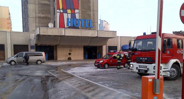 Strażakom szybko udało się opanować pożar w saunie.