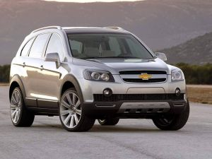 Chevrolet captiva opinie dane techniczne testy General motors jeep